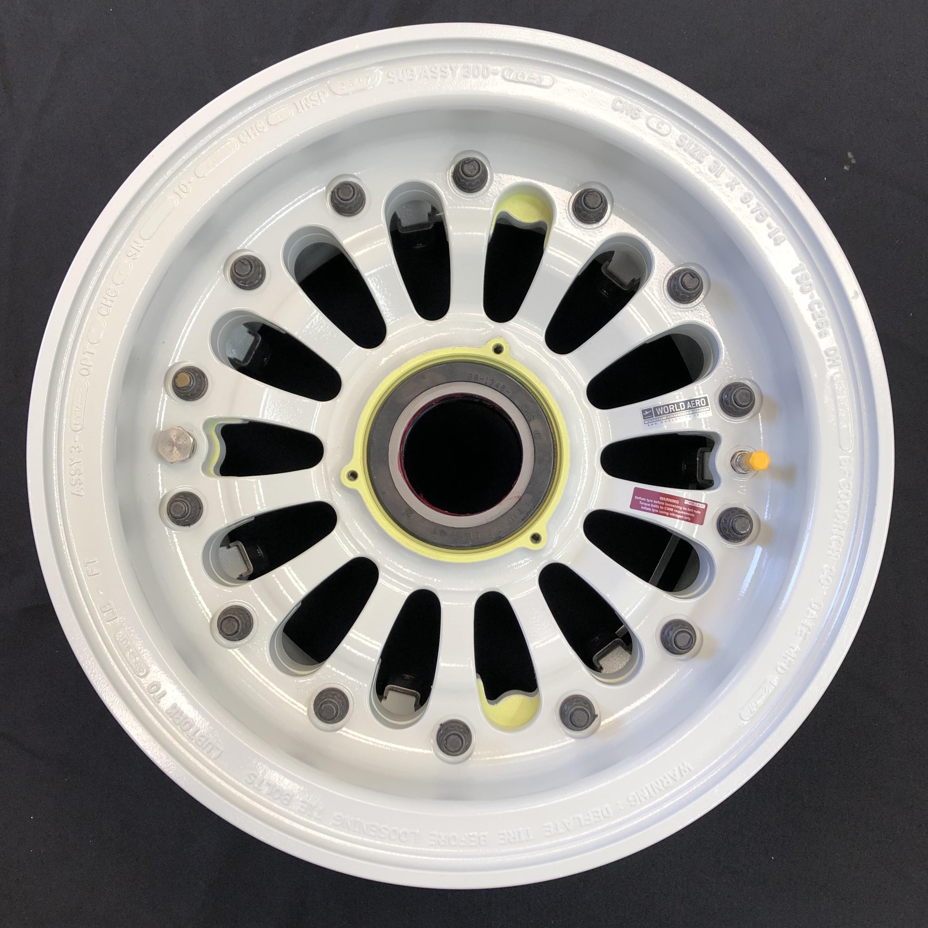 3-1480-1 Dash 8-300 main wheel