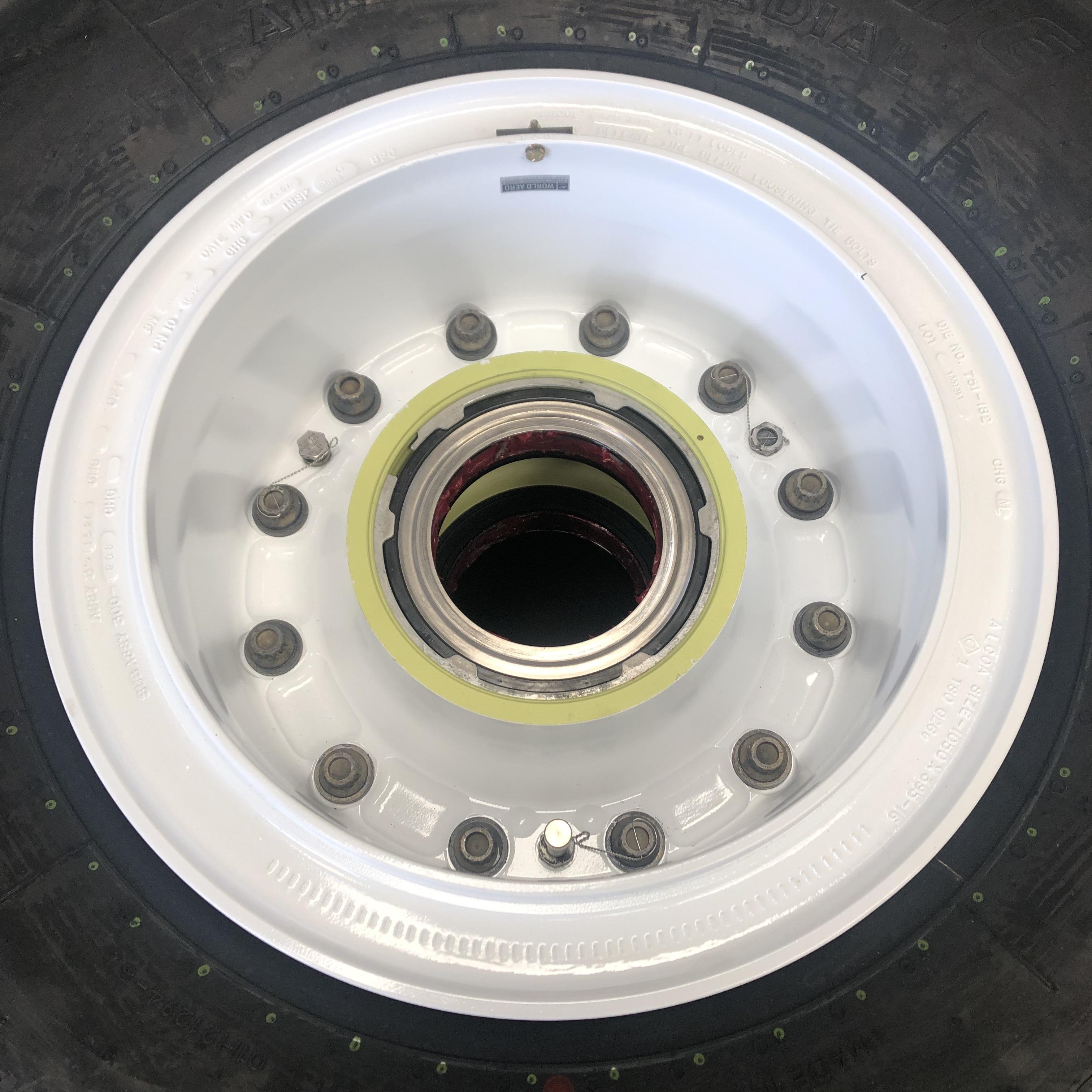 3-1596 A330 A340 nose wheel