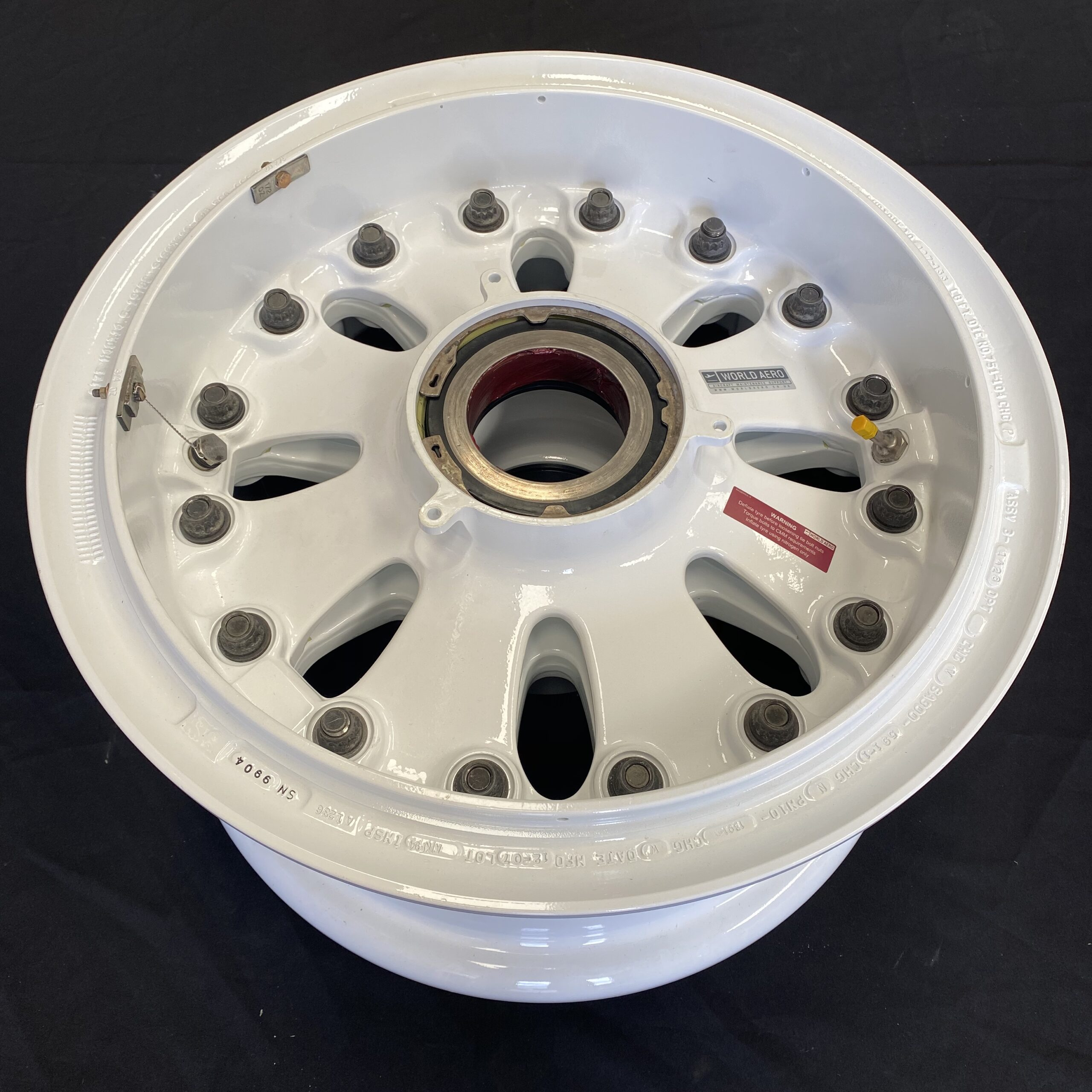 3-1428 Boeing 757 main wheel