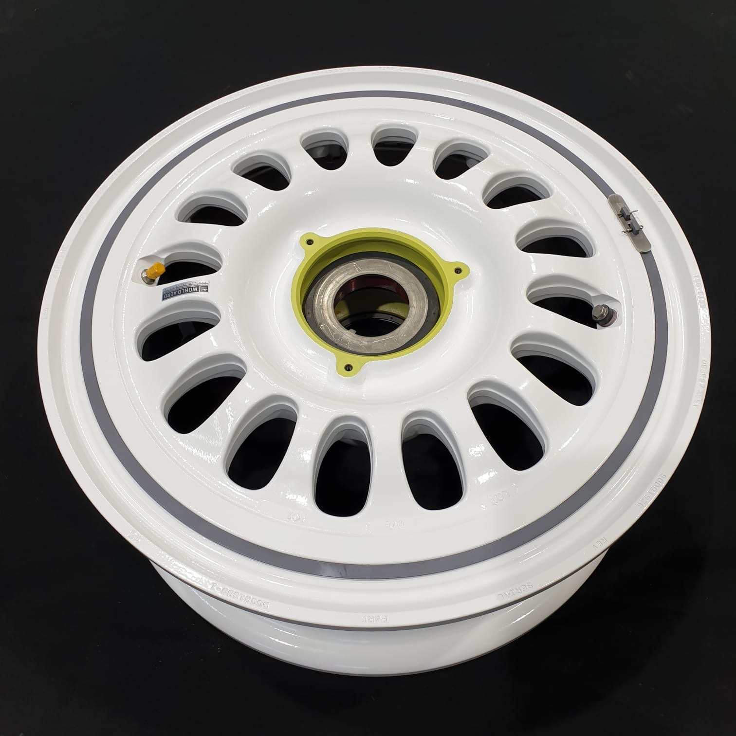 1159SCL472-5 Gulfstream G450 Meggitt main wheel